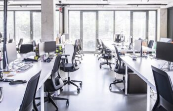 Çubuklu ofis koltuğu tamiri